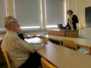 Kathleen Wickham addresses American Studies students at Rennes University. Attending the lecture is Alain Guihard (left), brother of slain French reporter Paul Guihard.